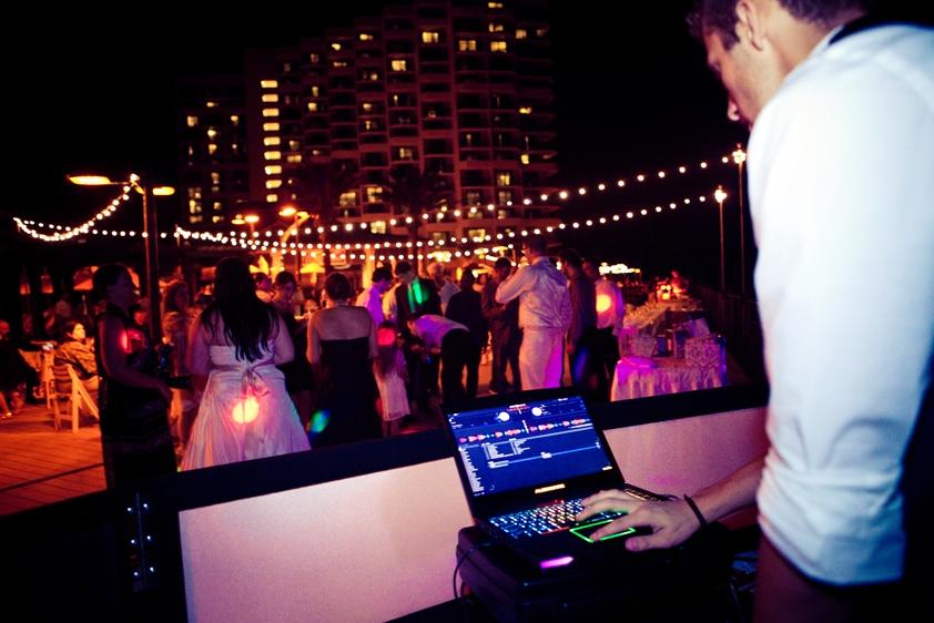 DJ Che