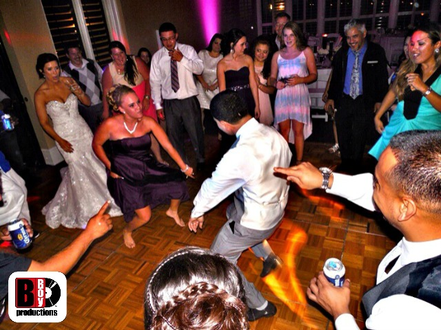 Sandestin Wedding DJ Dance Battle