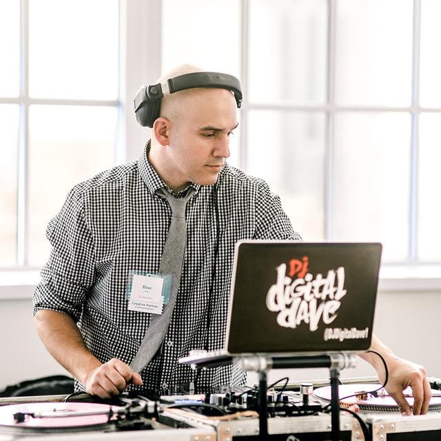 Dave Lander<br />DJ/MC
